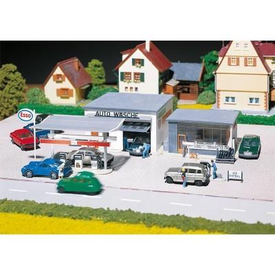 130296 Faller Pompstation met autowasserij