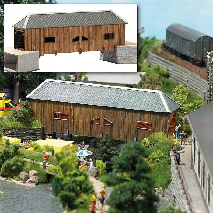 "8220 Busch Overdekte houten brug ""Schwarzenberg"""