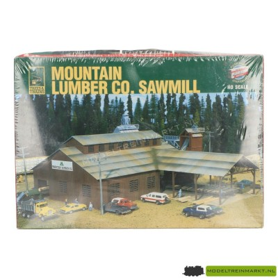 933-3058 Walthers Mountain Lumber Co. Sawmill