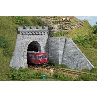 11342 Auhagen Tunnelportaal