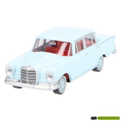 824 05 26 Wiking Mercedes Benz 220 S