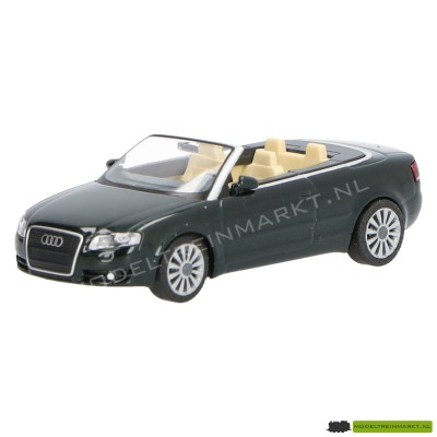 132 01 30 Wiking Audi A4 Cabriolet