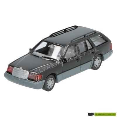 154 03 17 Wiking Mercedes Benz 320 TE