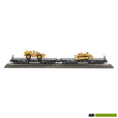 48661 Märklin 2 zwaarttransportwagens met bulldozers