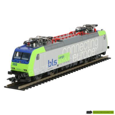 """22085 Trix serie 485 van de BLS-Lötschbergbahn AG """"connecting Europe"""""""