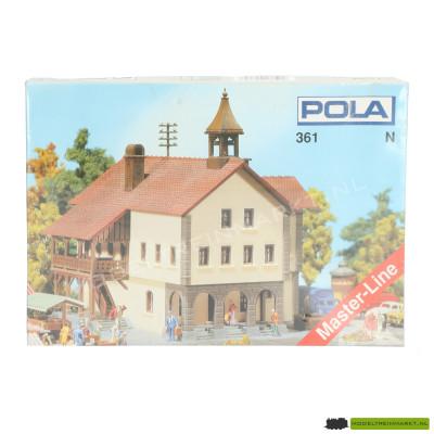 361 Pola Stadhuis