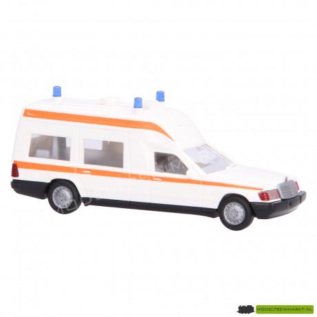070 01 Wiking Binz 2001 Krankenwagen (ambulance)
