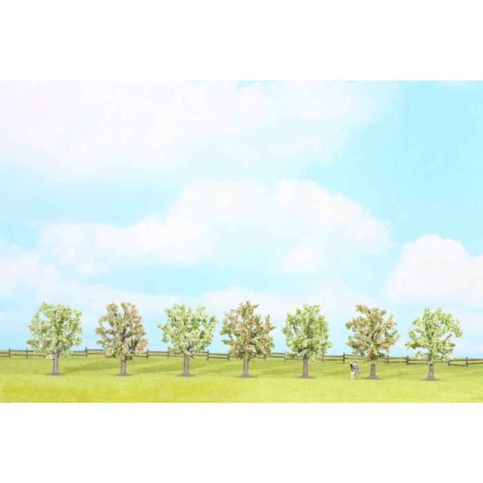 25092 Noch Bloeiende fruitbomen 7 stuks