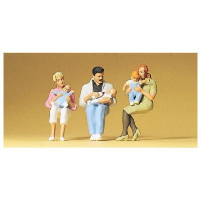 63059 Preiser Zittende ouders met kinderen