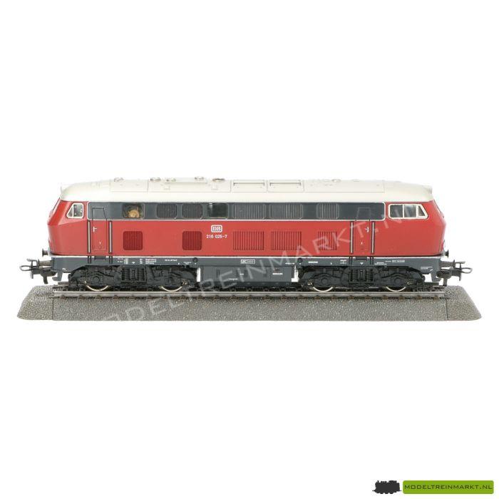 3075 Märklin Diesellocomotief BR 216 DB